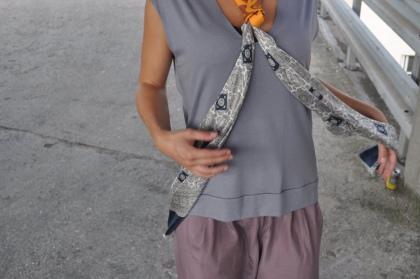Echarpe en soie de cravate vintage et carré de soie vintage, pièce unique / 2011